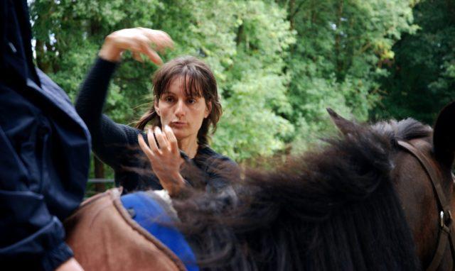 notre centre de gravité et celui du cheval doivent être allignés
